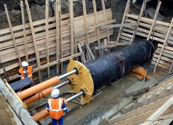 Укладка трубопровода методом продавливания